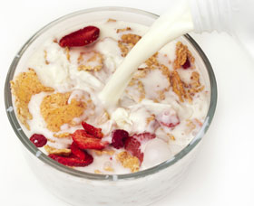 Milk pouring into cereal bowl, Fishbowl Blog